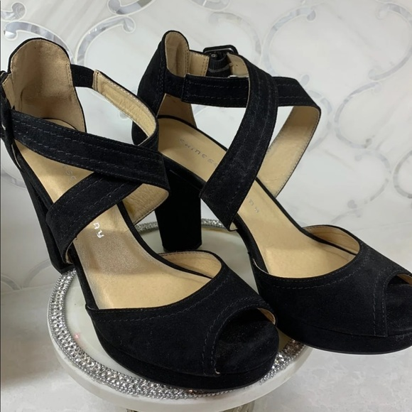 🌹Chinese Laundry Heels